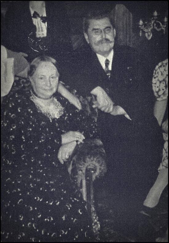 Edouard+famille 1938.jpg