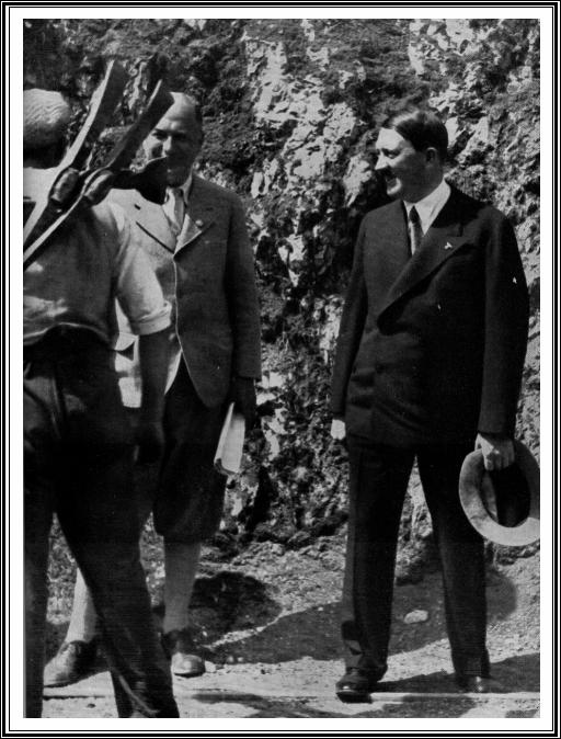 Hitler Ouvriers Kehlstein.jpg