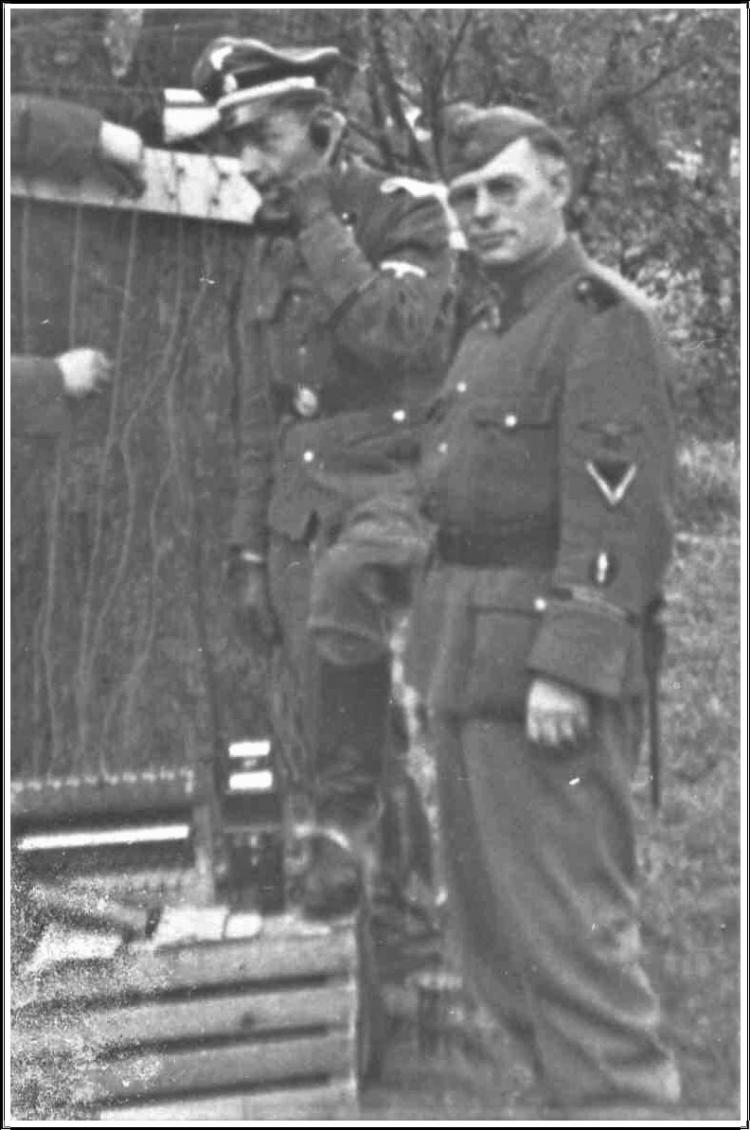 Hubot Edouard SS Front.jpg