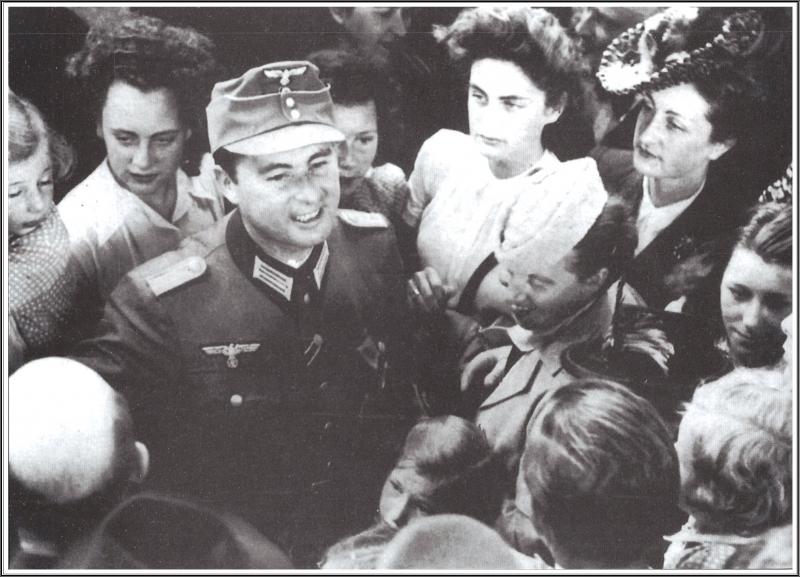 LD Heer Bxl 1943.jpg