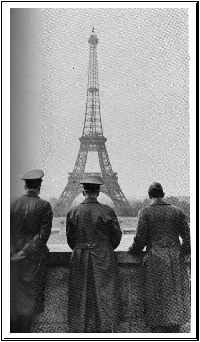 Hitler Eiffel 2.jpg